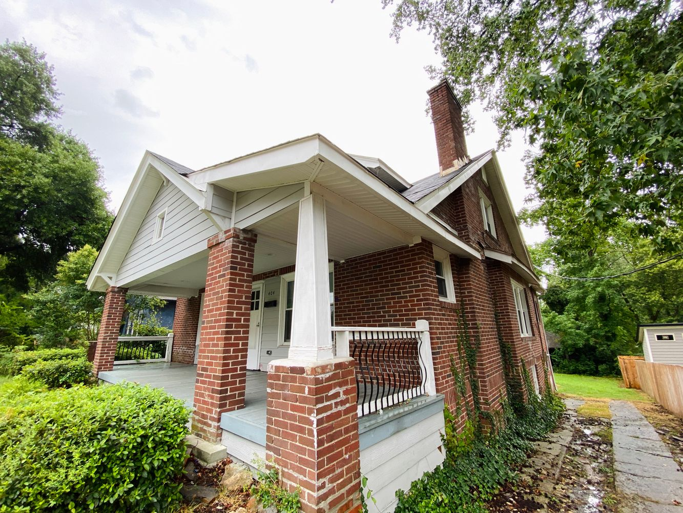 Alcove: Bedrooms for rent at 404 Formosa Ave, Durham NC 27707