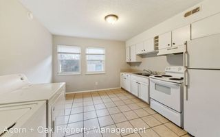 Alcove: Bedrooms for rent at 727 E Lenoir St, Raleigh NC 27601