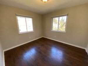 Alcove: Bedroom 2 for rent at 727 E Lenoir St, Raleigh NC 27601