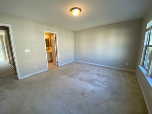 Alcove: Bedrooms for rent at 1141 Metropolitan Dr, Durham NC 27713
