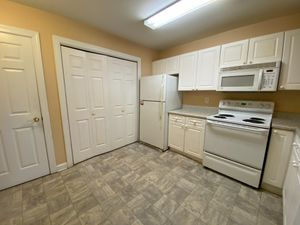 Alcove: Bedrooms for rent at 929 Morreene Rd, Durham NC 27705