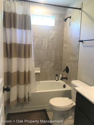 Alcove: Bedroom 2 for rent at 1308 S Roxboro St, Durham NC 27707