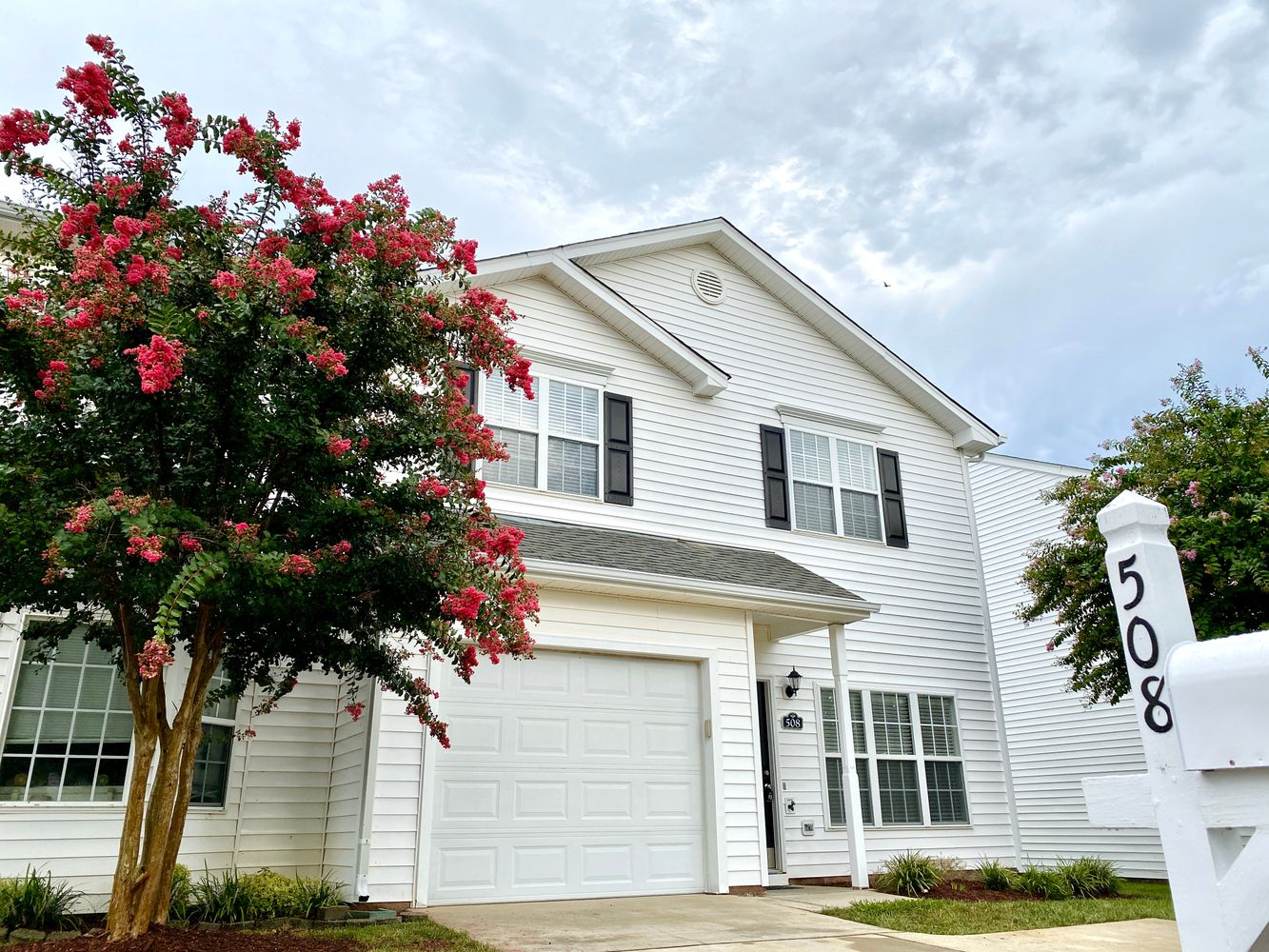 Alcove: Bedrooms for rent at 508 Misty Groves Cir, Morrisville NC 27560