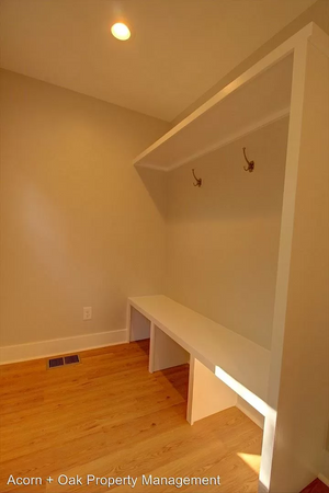 Alcove: Bedrooms for rent at 410 E Geer St, Durham NC 27701